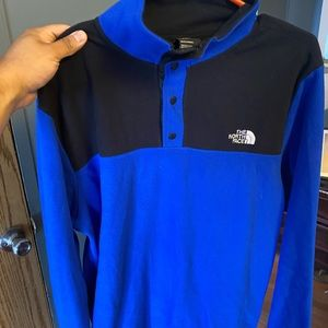 Mens NorthFace sweater large